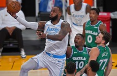 Lakers rout Dallas as Nets, Heats roll on