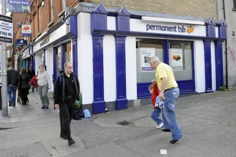 Permanent TSB is to close 16 of its 92 branches, as part of cost-cutting measures that will see 250 jobs lost.