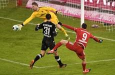 Lewandowski breaks mid-season record as Bayern go four clear atop Bundesliga