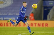 Leicester striker Vardy to undergo hernia operation