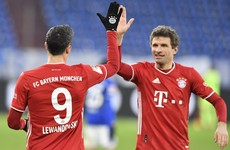 Mueller scores twice as Bayern Munich go seven points clear after thrashing Schalke