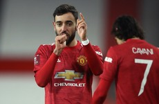 Fernandes makes the difference as United win thrilling cup tie with Liverpool