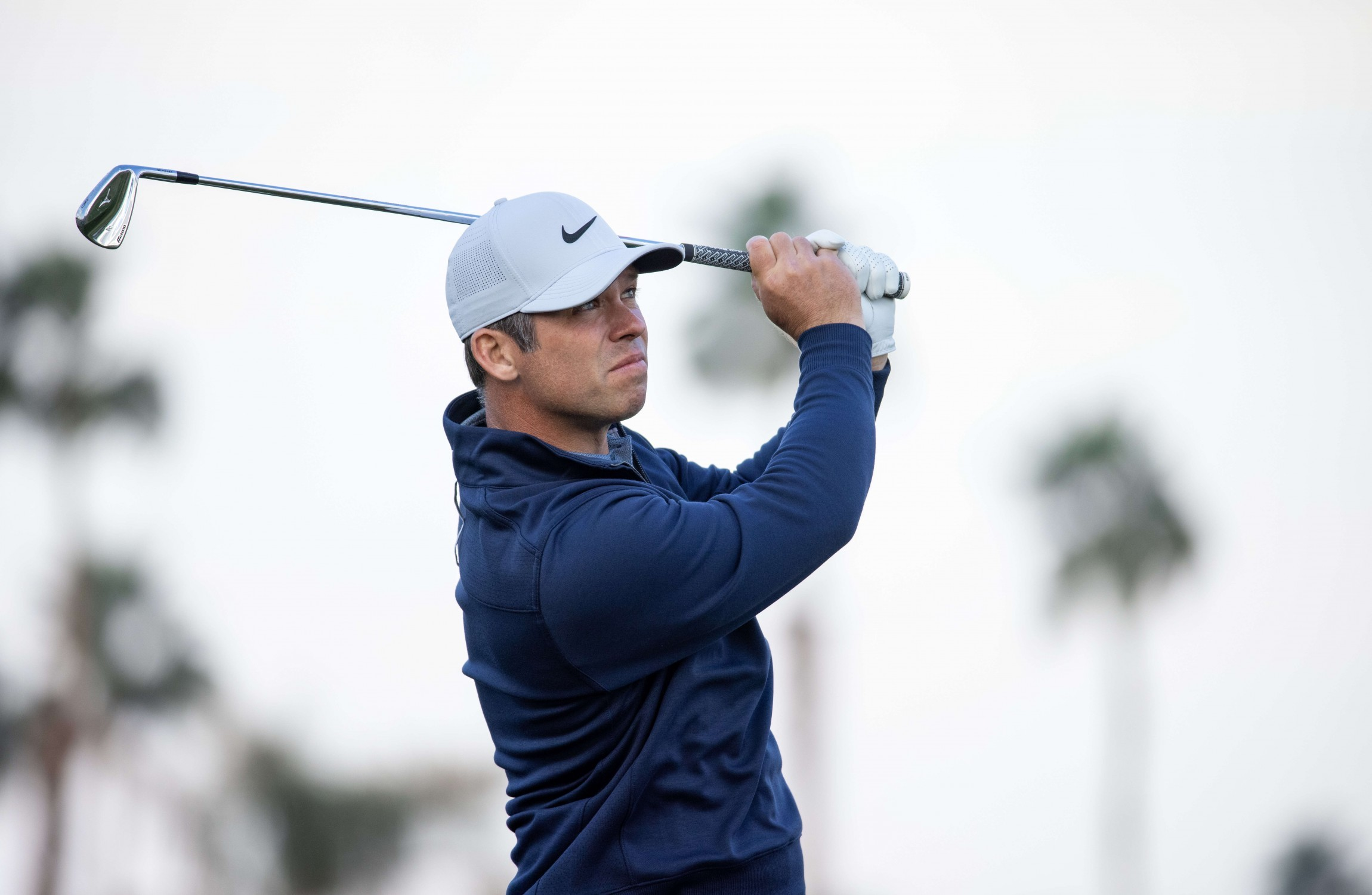 Paul Casey storms into Dubai Desert Classic lead heading into final round