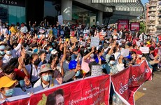 Myanmar protesters return to streets despite police violence