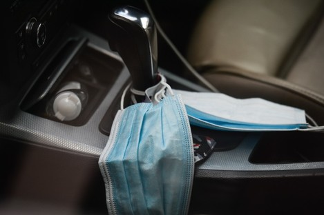 A face mask seen inside a vehicle in Dublin city center during Level 5 Covid-19 lockdown.