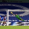 Villa goalkeeper Martinez ensures his side leave wasteful Brighton with a point