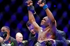 Kamaru Usman keeps roll going against Gilbert Burns at UFC 258