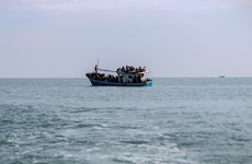 Eight dead as boat carrying dozens of Rohingya breaks down at sea, UN says