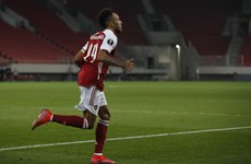 Aubameyang bags late winner as Arsenal battle past Benfica in Europe