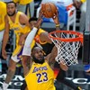 Golden State Warriors end winning streak with heavy defeat to Los Angeles Lakers