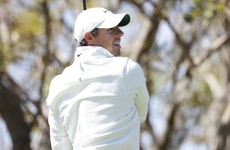 McIlroy's hits disastrous double bogey and ends up in tie for 10th