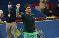 Roger Federer makes winning return after 13 months out