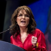 McCain defends picking Palin after Dick Cheney criticism