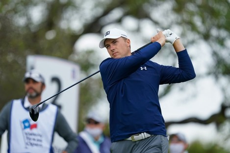 Jordan Spieth tees off on the second hole.