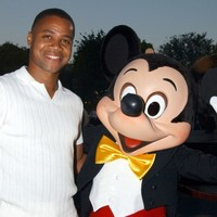 Police issue warrant for arrest of Cuba Gooding Jr