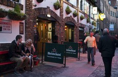 Northern Ireland: Hairdressers to reopen from next Friday, indoor pubs & restaurants from 24 May