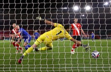 Jonny Evans rescues point as Leicester held to draw at 10-man Southampton