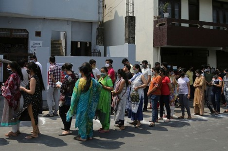 Indians in Jammu queue to receive their Covid-19 vaccinations