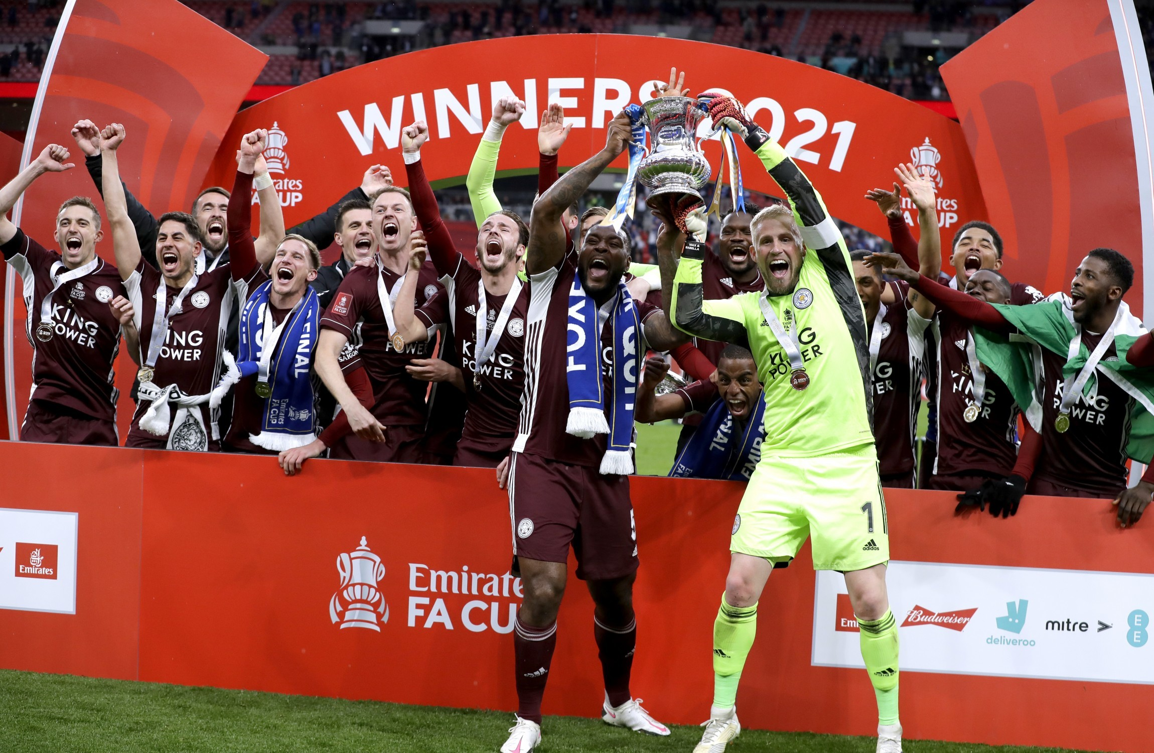 Leicester City lift FA Cup for the first time after Tielemans' thunderbolt seals victory over Chelsea