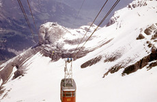 13 people killed in Italian cable car fall