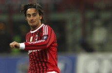 Liverpool flop Aquilani completes Fiorentina move