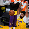 Anthony Davis double-double carries Los Angeles Lakers over Phoenix Suns