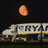 Ryanair passenger jet makes emergency landing in Berlin