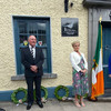 Widow of Detective Jerry McCabe calls on gardaí to apprehend 'fugitive' IRA members on 25th anniversary of husband's death
