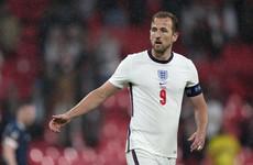 Man City table €116m bid for Kane - reports