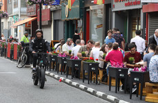 Government approves legislation to allow drinking outside pubs and restaurants