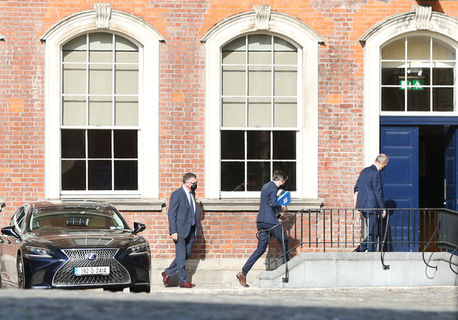 Ministers arrive at Dublin Castle this morning ahead of the Cabinet meeting
