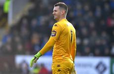 Man United sign goalkeeper Heaton while Mata agrees new deal