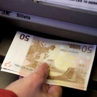 Irish adults carry €78m in cash daily - survey