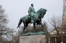 Charlottesville to remove Confederate monuments