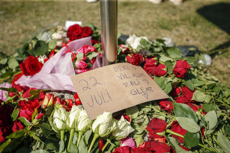 Wreath of roses outside Oslo Cathedral, 10 years after the terrorist attack on July 22, 2011.