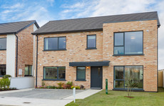 Three and four-bedroom family homes close to beaches and outdoor activities