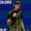 US Open crowd jeer Stefanos Tsitsipas after another extended bathroom break