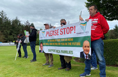 Mica protesters gather outside Fianna Fail think-in to call for 100% redress scheme