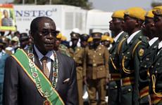 Zimbabwe magistrate rules Mugabe should be reburied