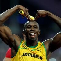 More gold for Bolt as Jamaica smash relay record