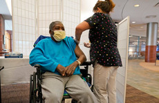 US hits 700,000 Covid deaths but cases begin to fall
