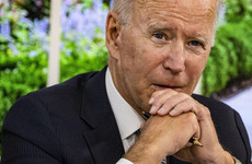 Biden pushes vaccine mandates to boost US economy