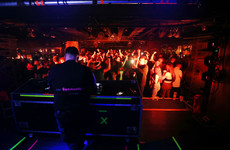 Revised nightclub regulations: Isolation rooms and one-metre social distance in bar queues