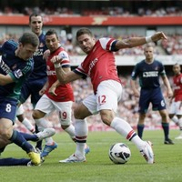 Loose cannons: Giroud pleads for time but Cazorla wants signings