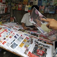 Burma's government ends direct media censorship