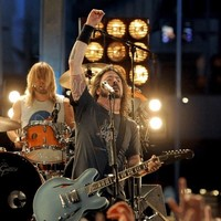 Foo Fighters' Belfast concert provokes complaints over noise