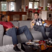 VIDEO: How to beat Ray Lewis at video games