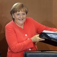 Germany to seek new EU treaty on budget rules - report