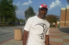 Forgiven not forgotten: Holyfield pays tribute with Iron Mike t-shirt