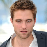 The Dredge: Robert Pattinson is boxing up all Kristen's CDs
